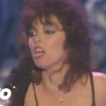 Pat Benatar � Hit Me With Your Best Shot (Live)