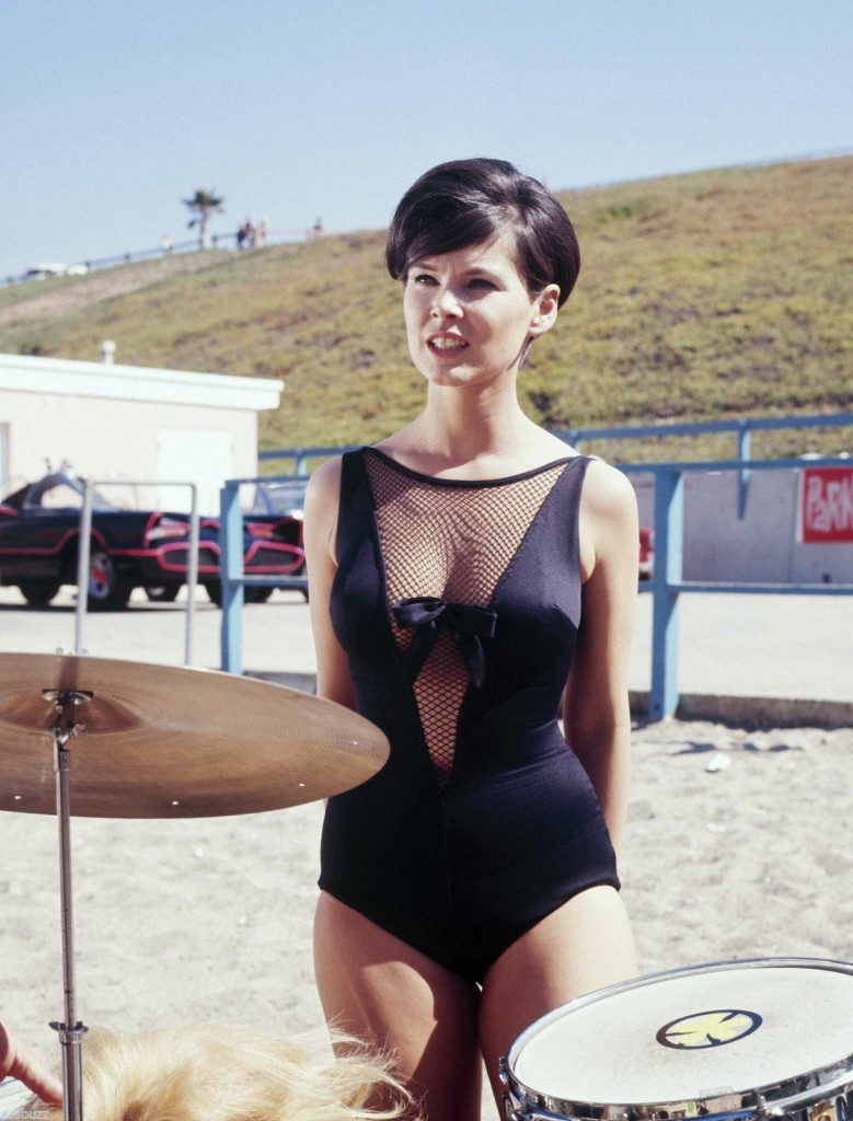 "Yvonne Craig, Batman, S3 Ep10 ""Surf's Up! Joker's Under!"", 1967."