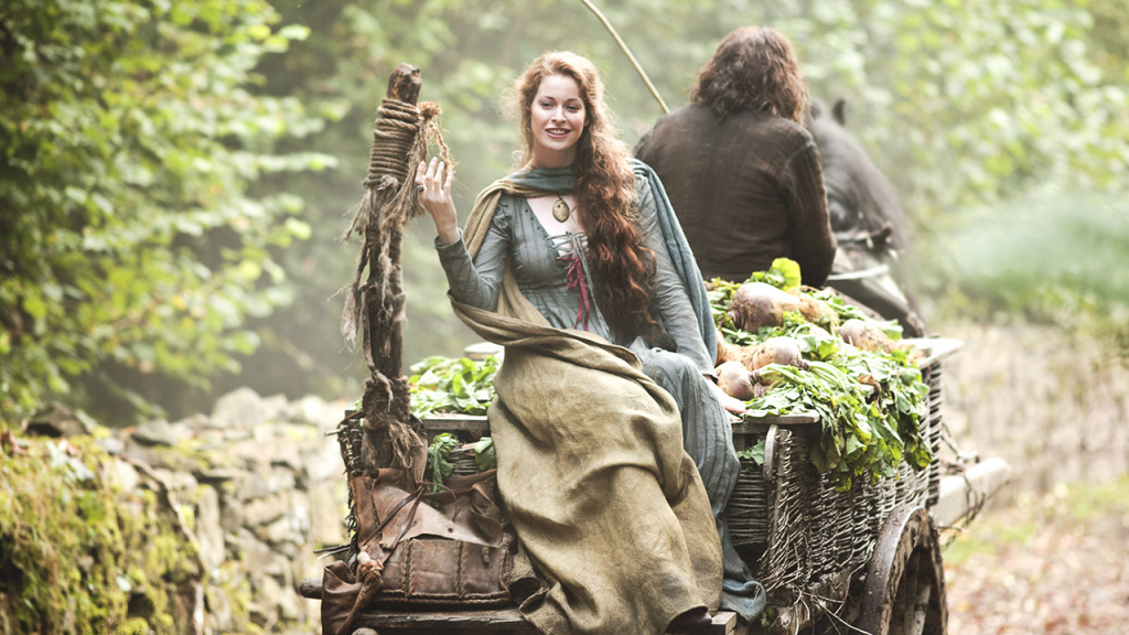 "Esmé Bianco (Game of Thrones, S01E06 ""A Golden Crown"")"