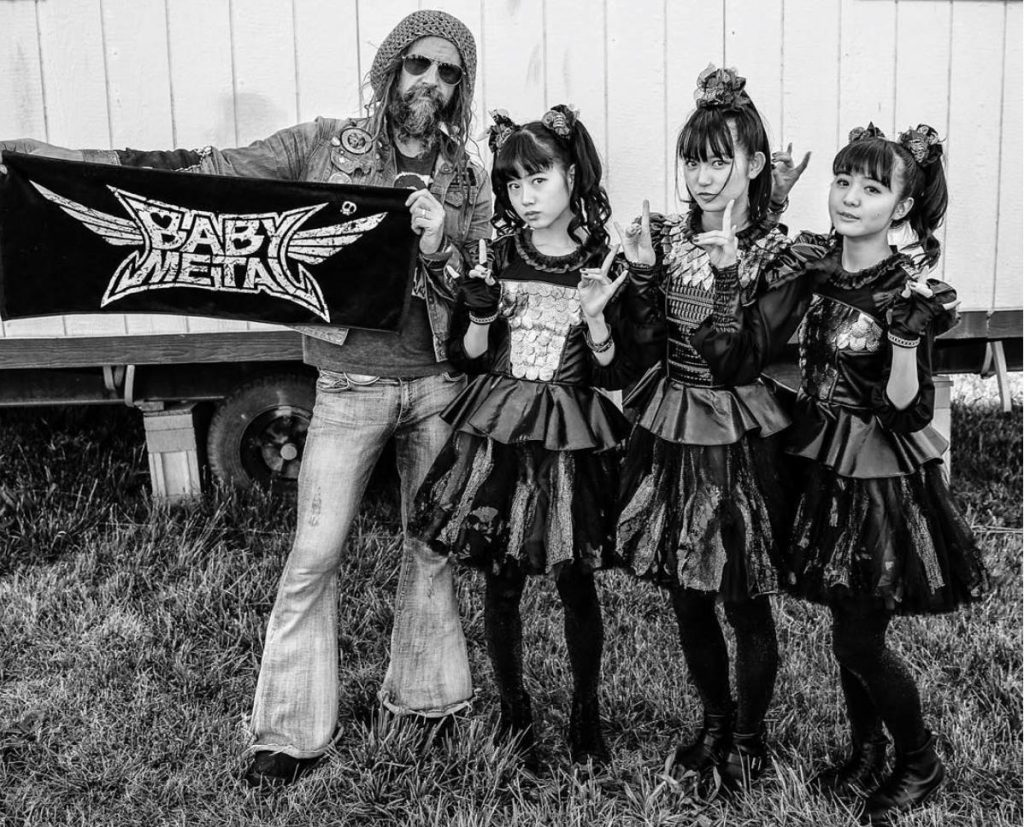 https://www.facebook.com/RobZombie/photos/a.385845778322.165783.126545588322/10153806849958323/