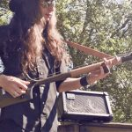 Justin Johnson � Crankin� Up the 3-String Shovel Guitar!